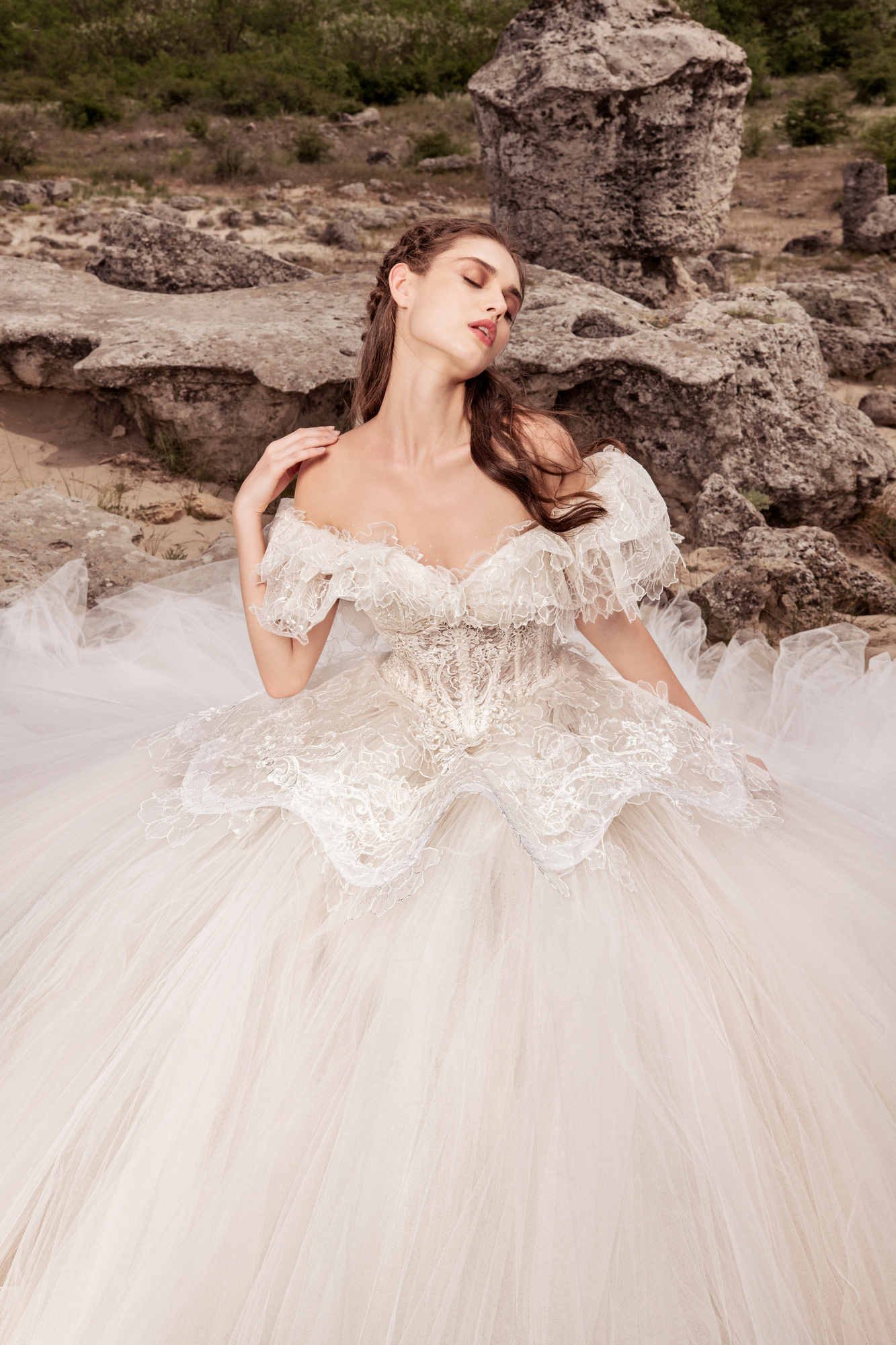 Luxury Wedding Dresses Julia Kontogruni